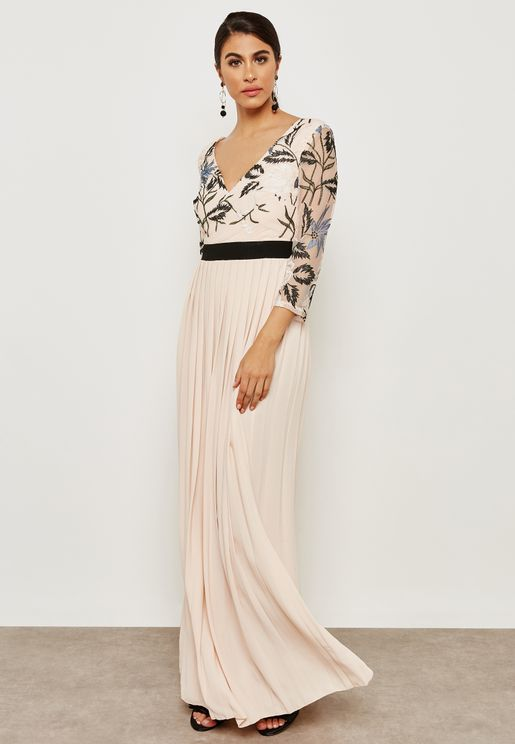 Contrast Waist Pleated Maxi Dress
