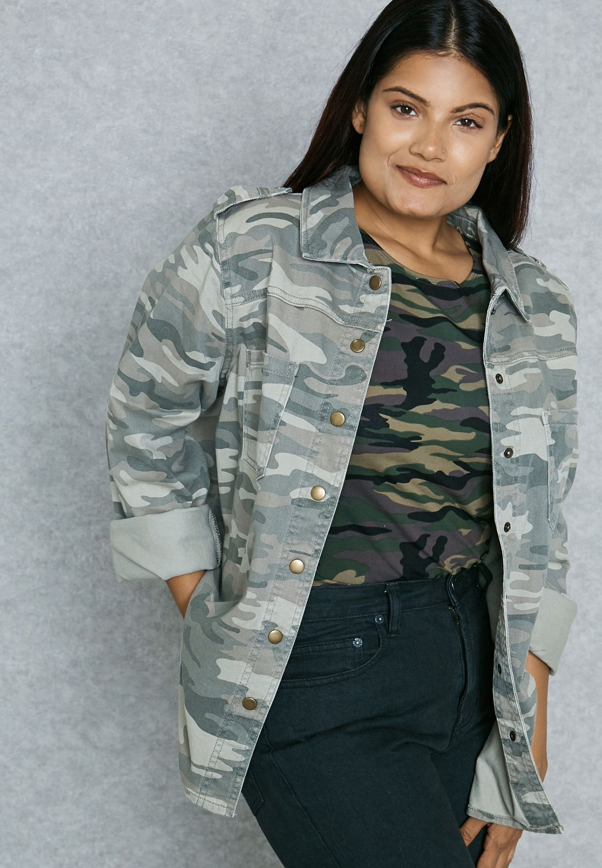 ffc30a63201 Shop Forever 21 Plus prints Camo Jacket 198379 for Women in Kuwait -  FO071AT95TXW
