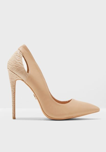 Textured Cut Out Court Shoe