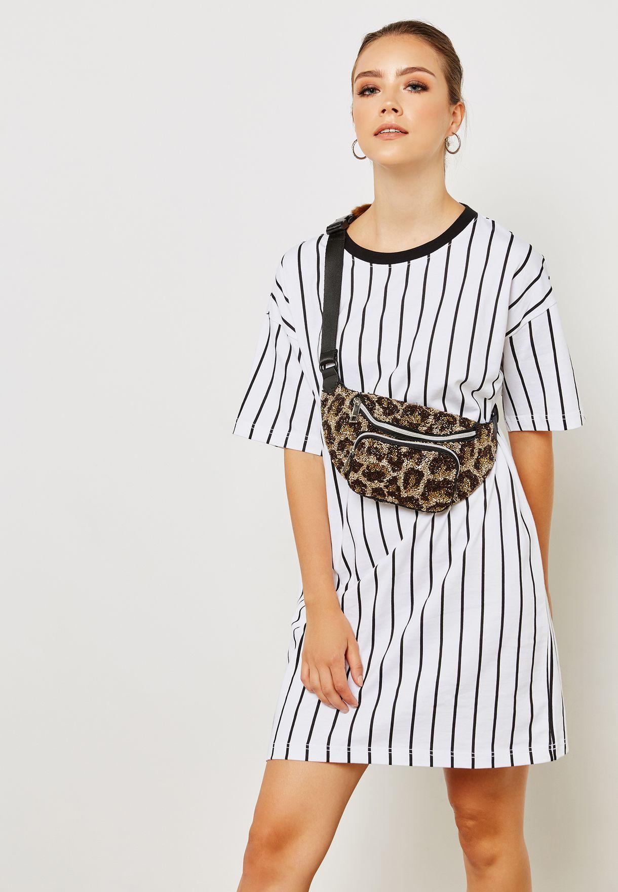 6c53241e513 Shop Forever 21 monochrome Striped T-Shirt Dress 289238 for Women in ...