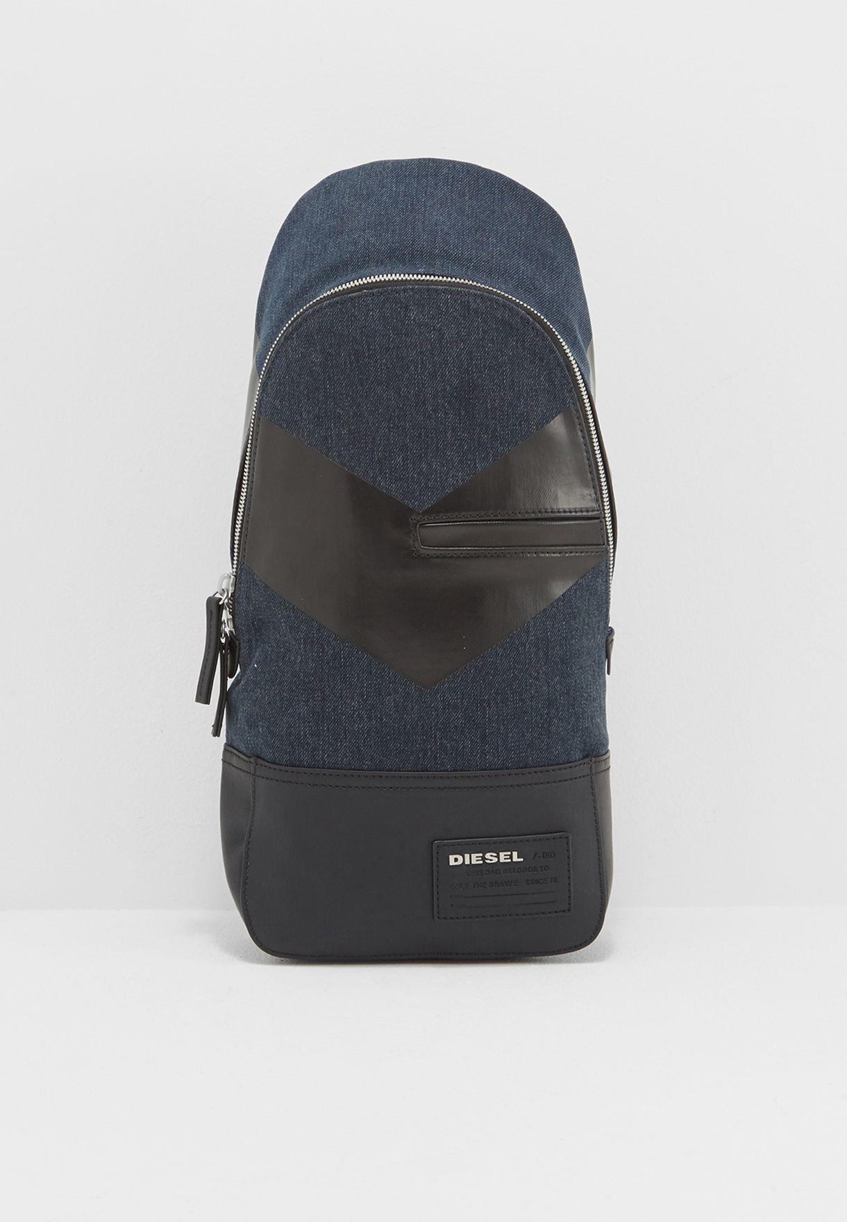 Discover Cross Bag