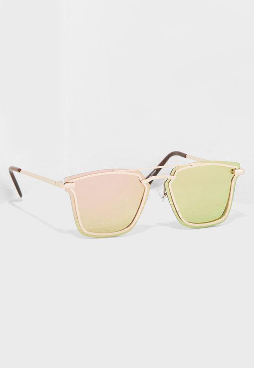 نظارات شمسية واي فيرر عاكسة