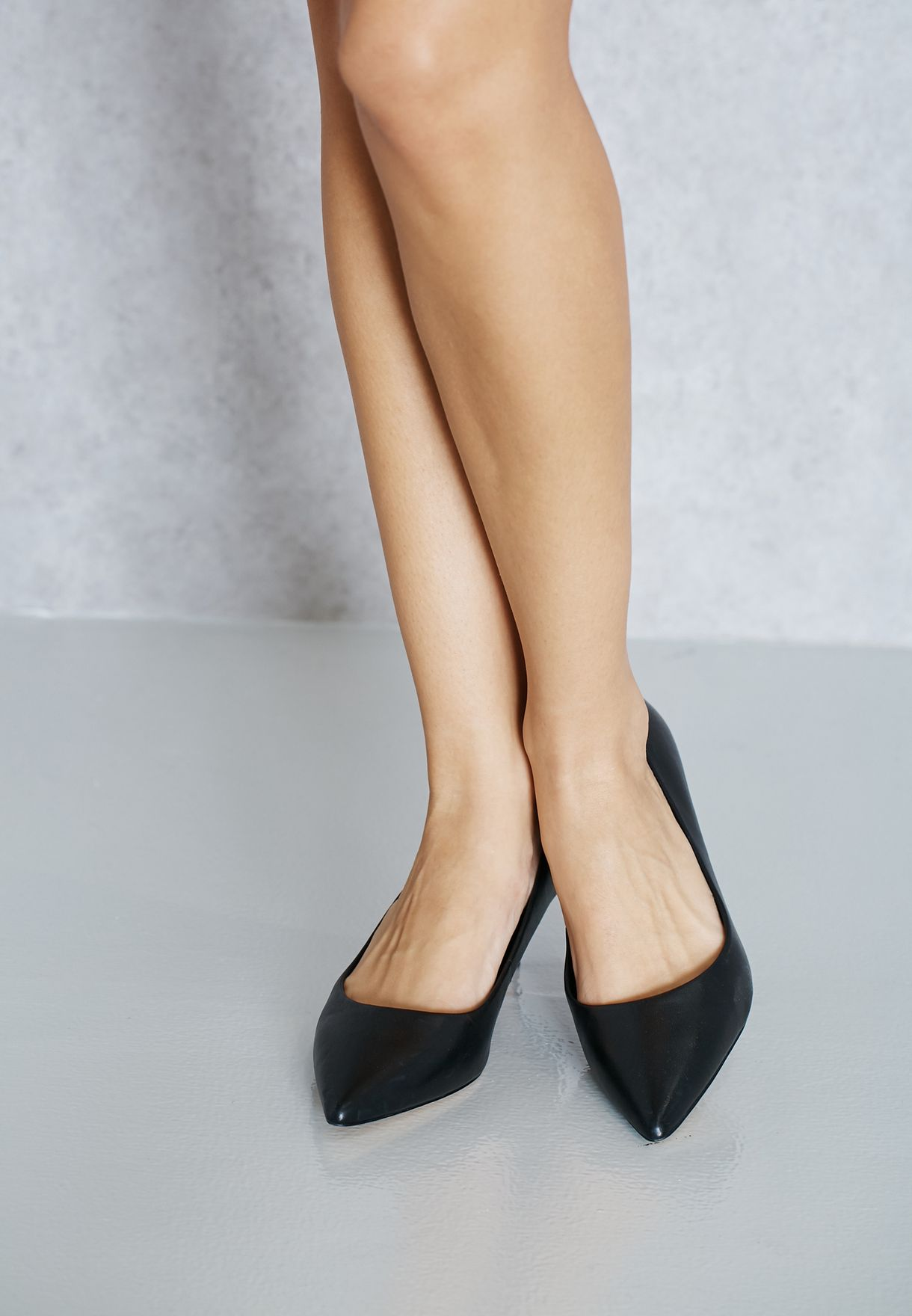 Sieria Pointy Toe Pumps