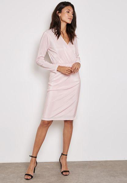 فستان ميد-مكسي بتصميم لف