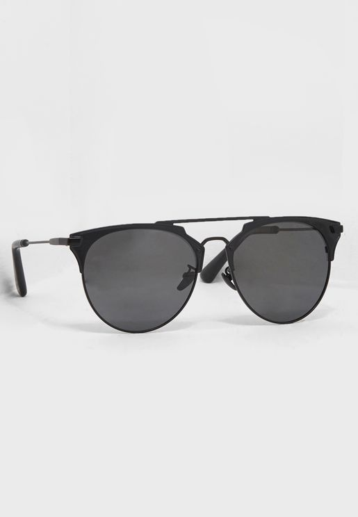 d408ae3b2bd6 Oversized Sunglasses