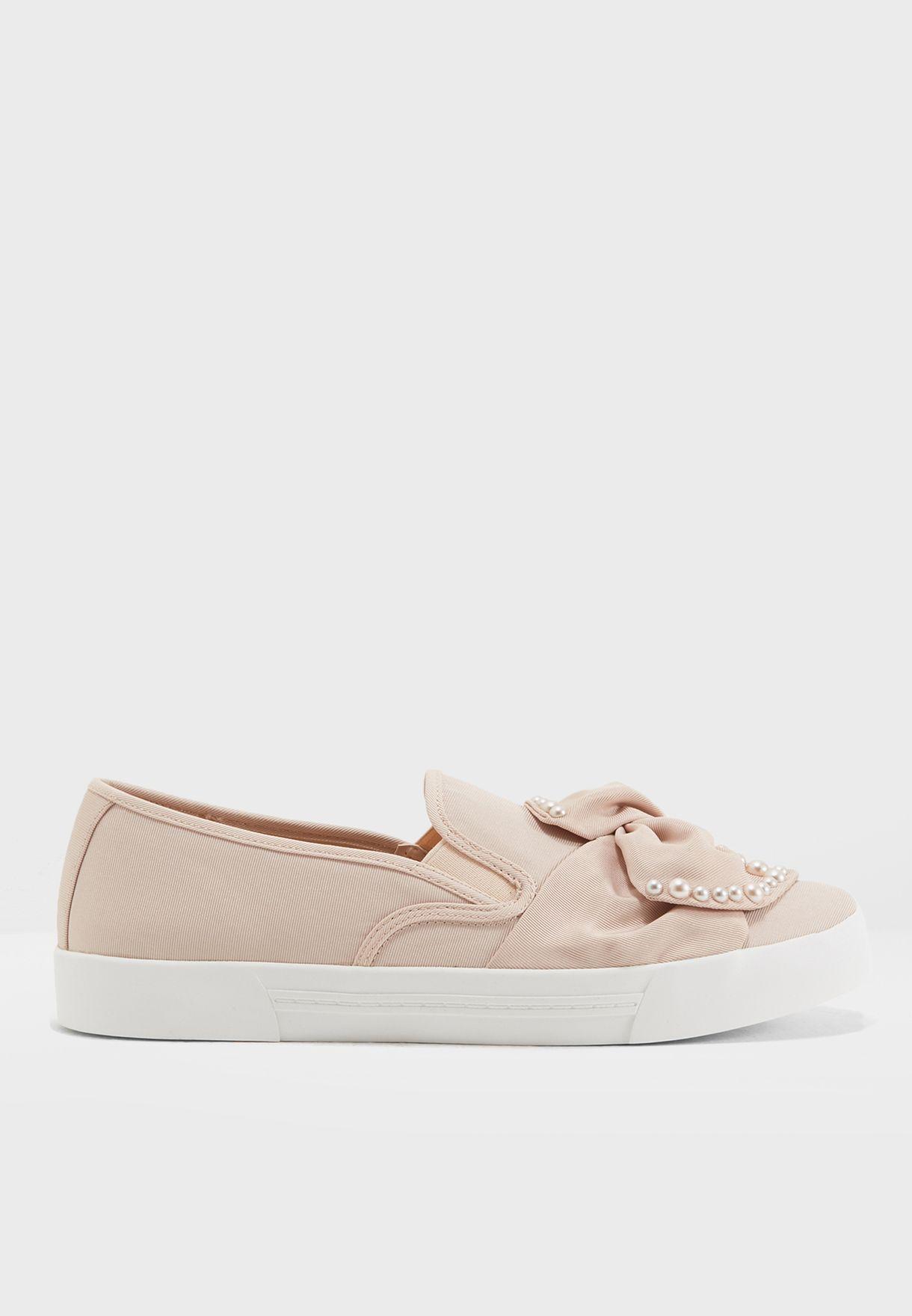 Flat Slip On