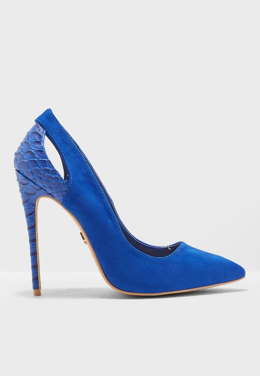 Textured Back Court Shoe