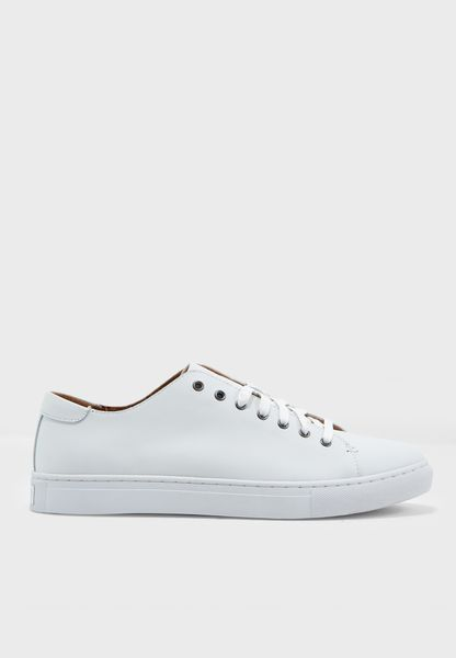 Jermain Sneakers
