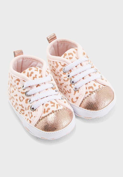 Infant Printed Sneaker Gift Box