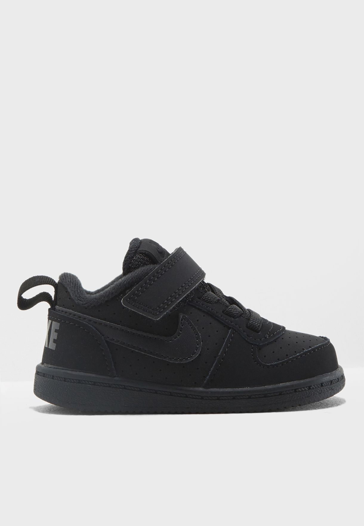 b485aa1031 Shop Nike black Infant Court Borough Low 870029-001 for Kids in ...