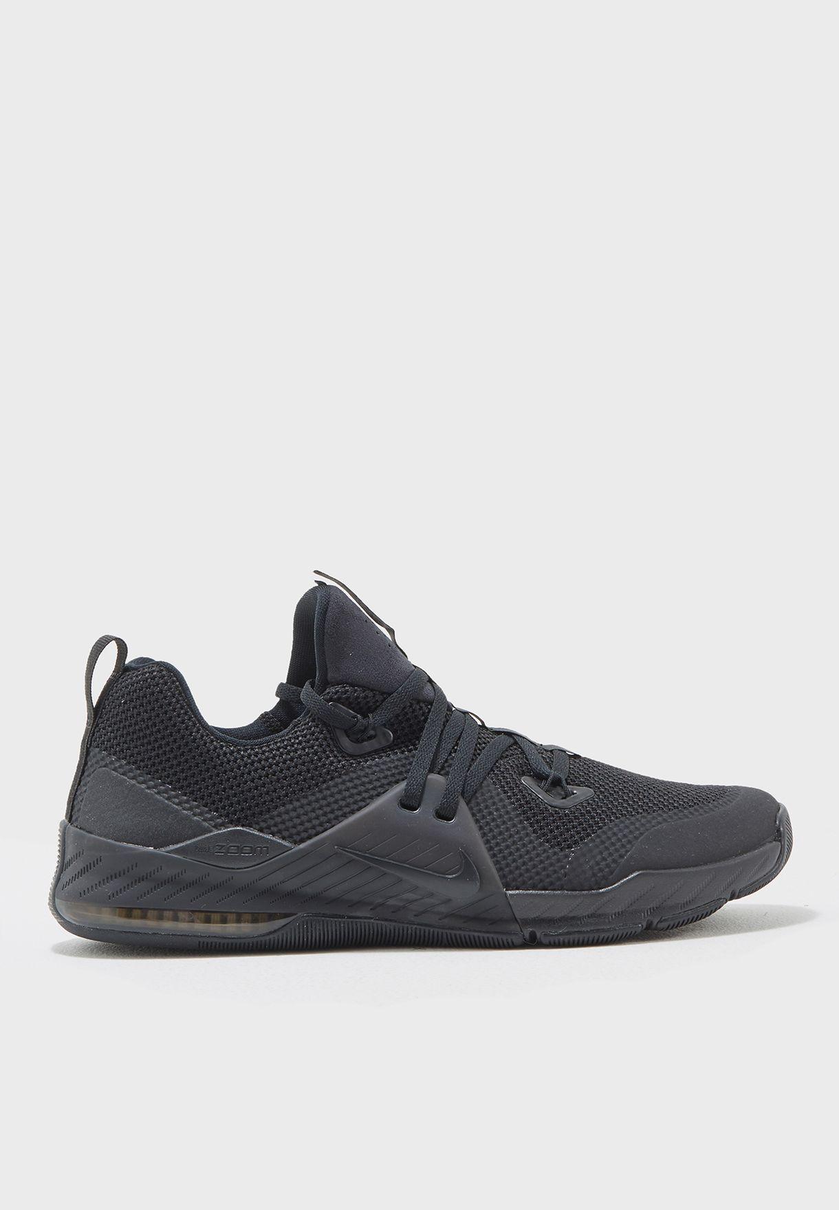937b5ab19190 Shop Nike black Zoom Train Command 922478-004 for Men in UAE ...