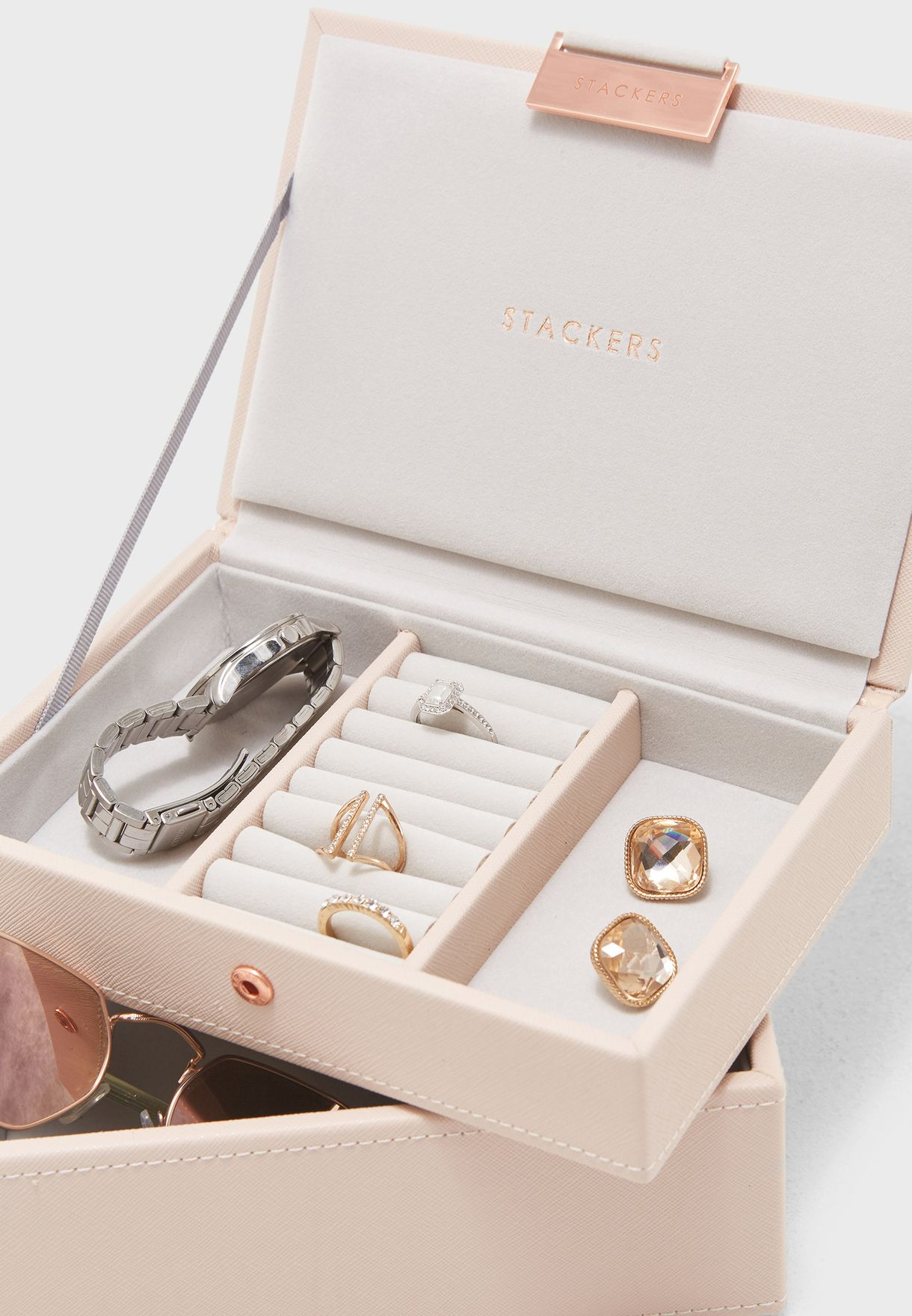 مجموعة كلاسيكية ميني لحفظ المجوهرات