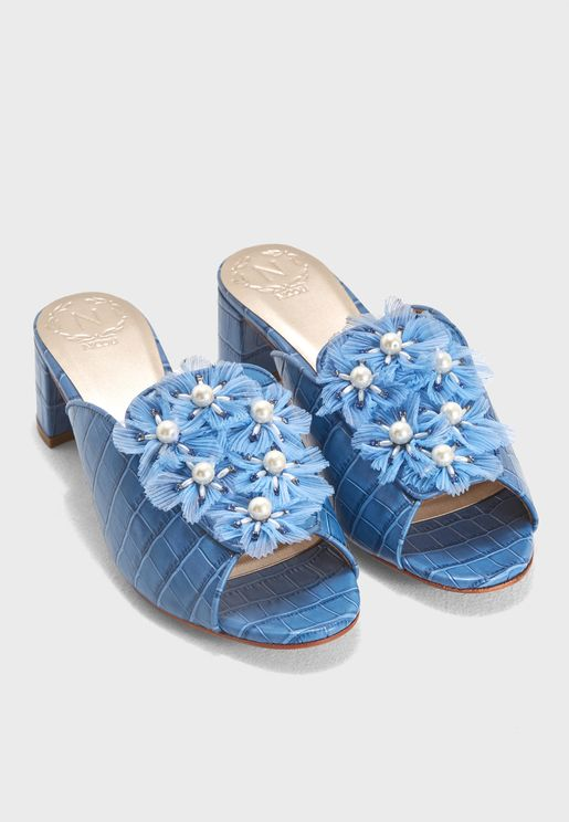 timeless design ffe1f e3a60 Nicoli Shoes 2019