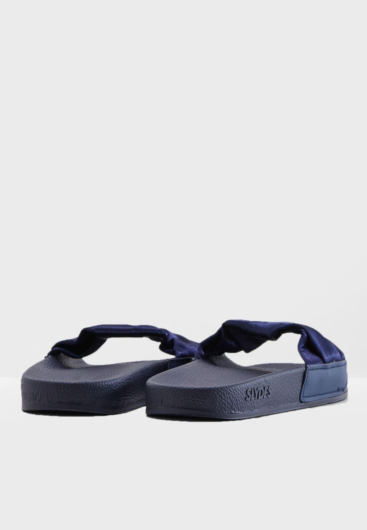 Dessa Casual Flat Sandal