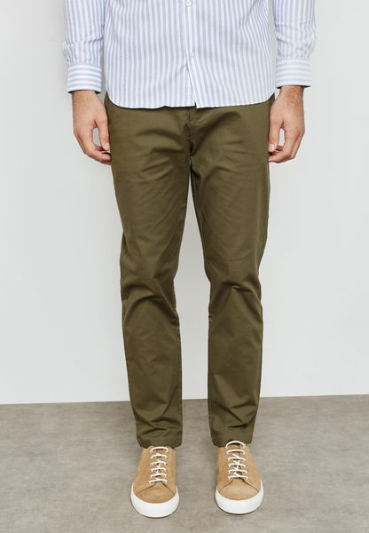 Tapered Fit Stretched Chinos