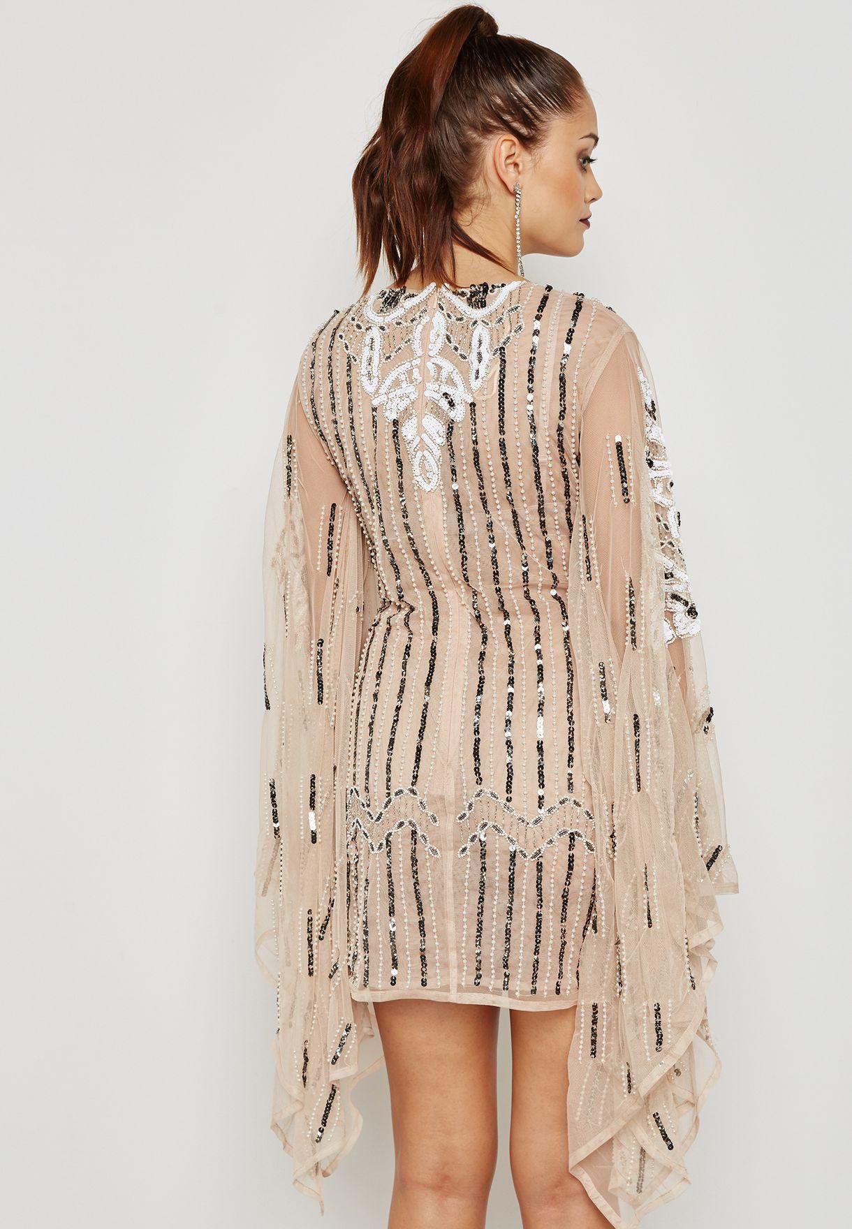 فستان قصير باكمام كيمونو