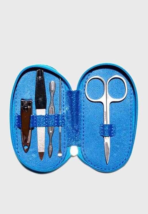 مجموعة ادوات للعناية بالاظافر