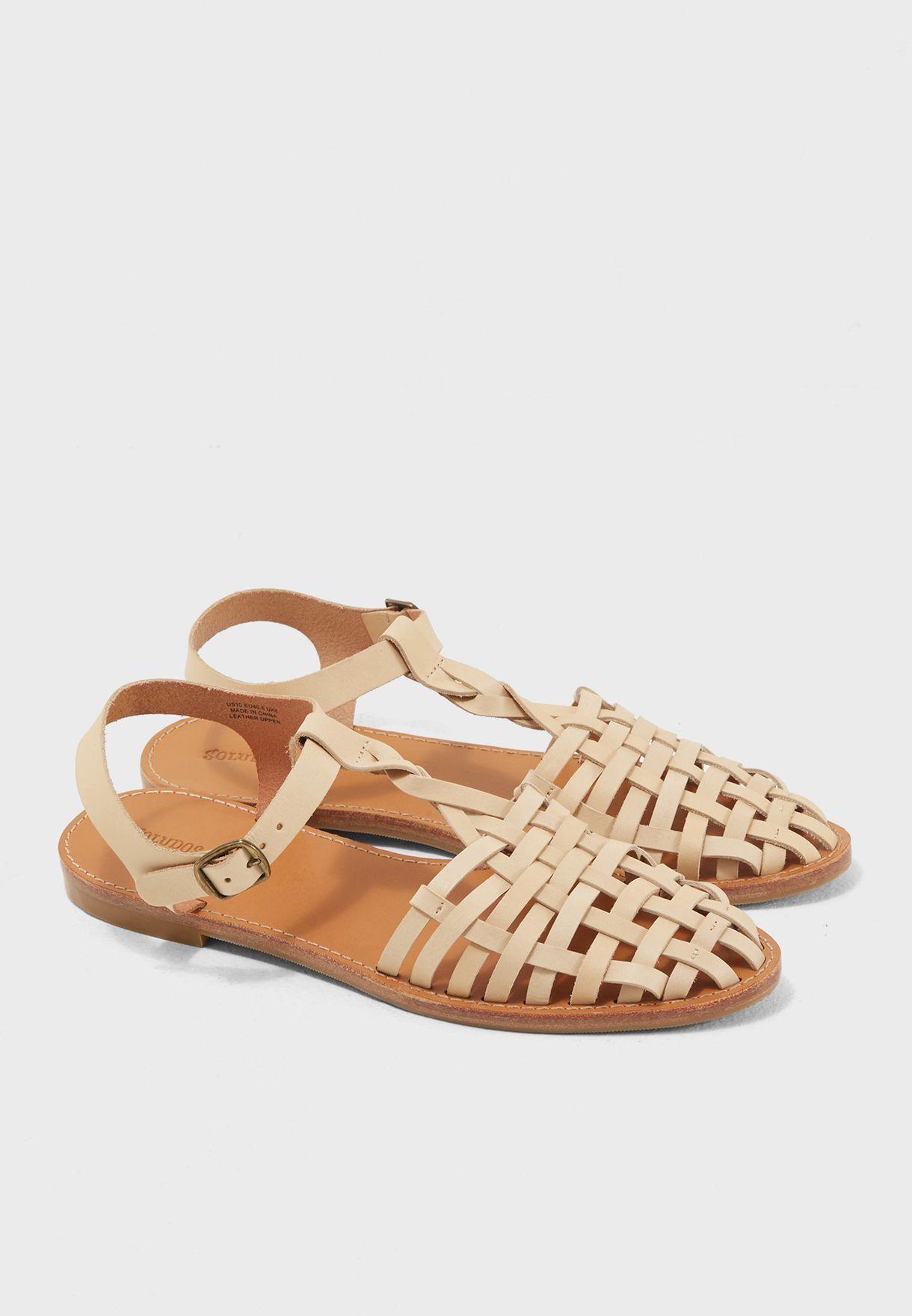 3472960e9 Shop Soludos beige Woven Fisherman Sandal 1000302 for Women in UAE ...