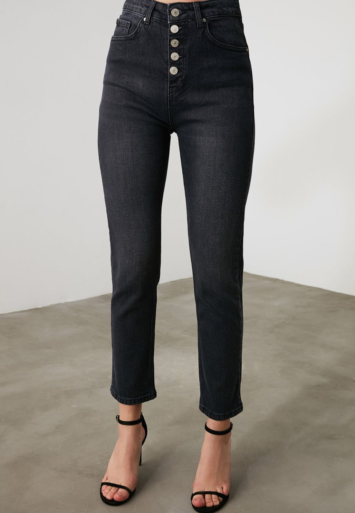 Button Detail Mom Jeans