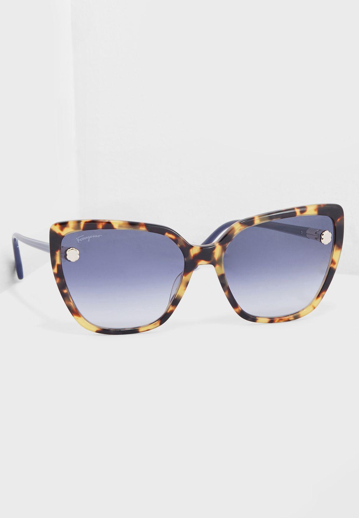 368436297c5 Shop Salvatore ferragamo black SF914S Cat Eye Sunglasses 38694 SF914S for  Women in Kuwait - SA277AC55MTO
