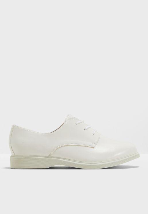 حذاء جيمي بروغ