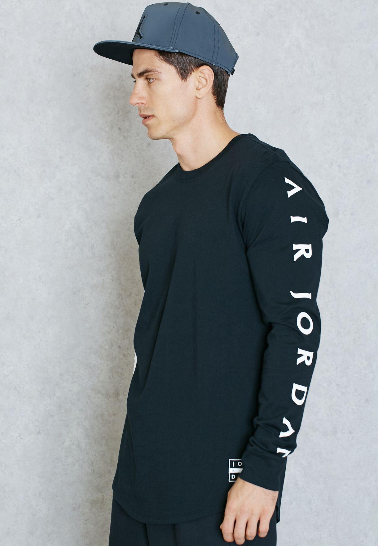 ed7a9663627 Shop Nike black Jordan Printed T-Shirt 802297-010 for Men in UAE ...