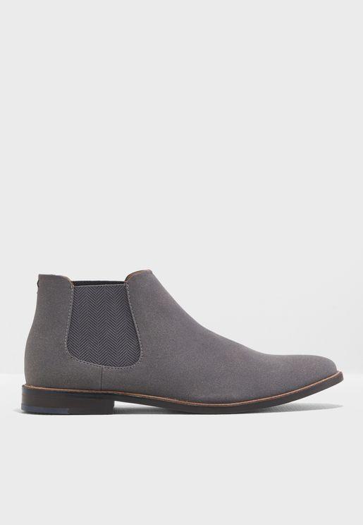 Taren Boots