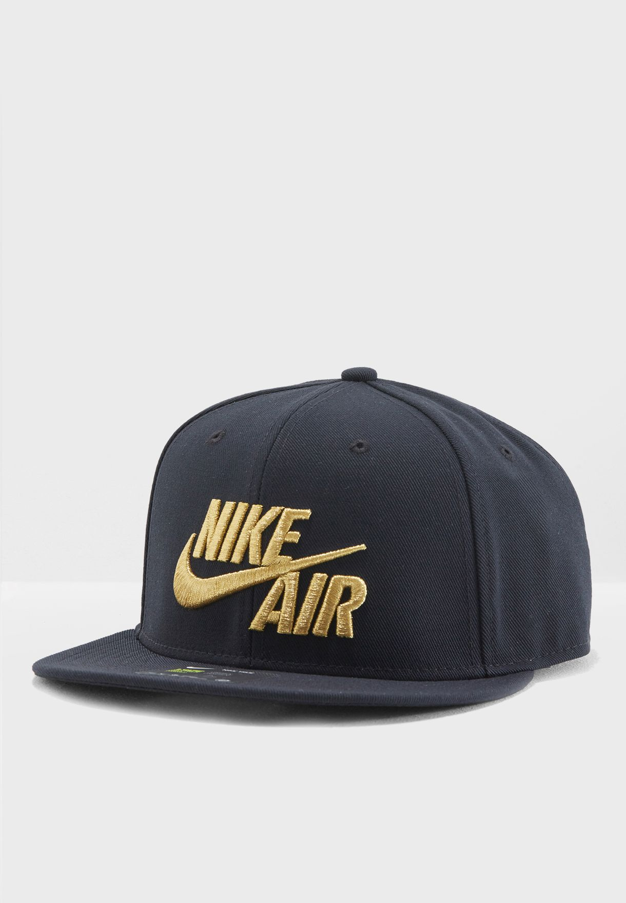 ca2c5d77ad128 Shop Nike black Classic Air Cap 805063-011 for Men in UAE - NI727AC45VCK