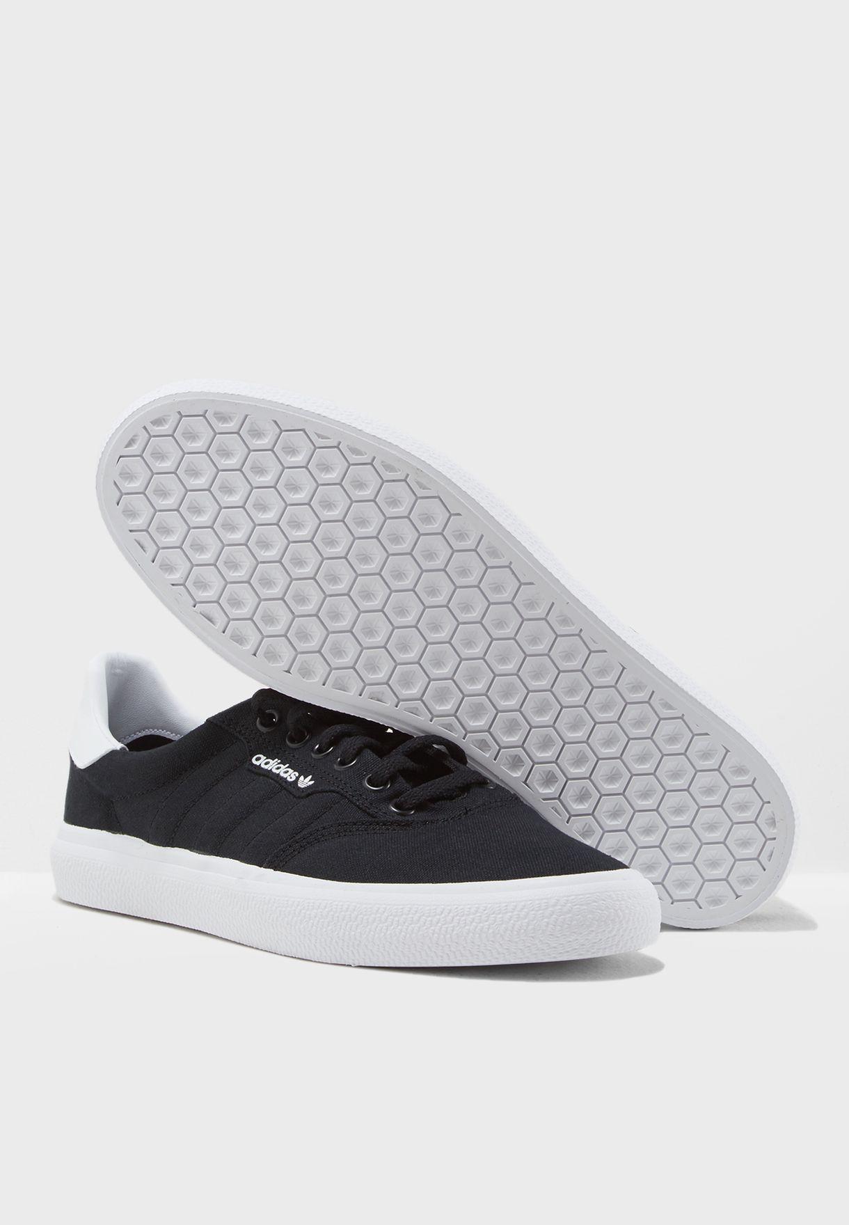 حذاء 3ام سي
