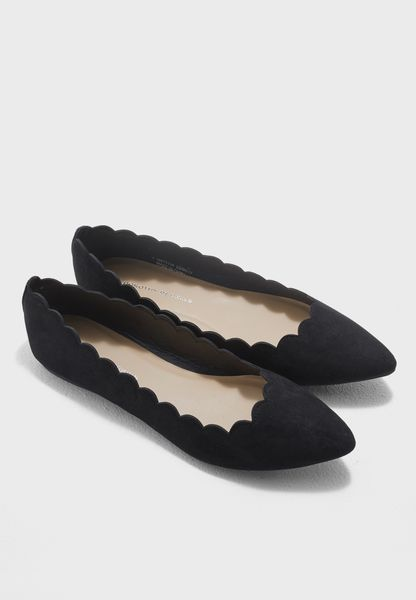 Scalloped Edges Ballerina