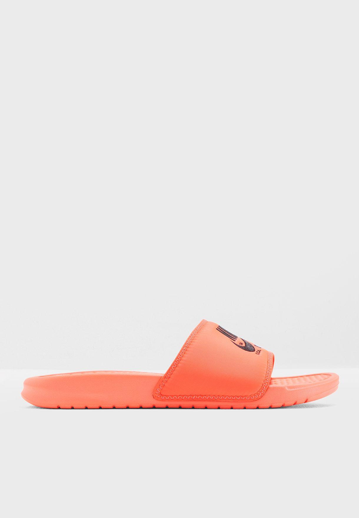 e570bbc17ed Shop Nike orange Benassi JDI TXT SE AR1540-600 for Men in UAE ...