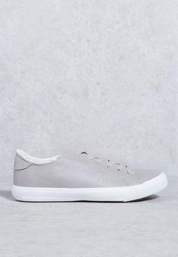 حذاء موكسي 2