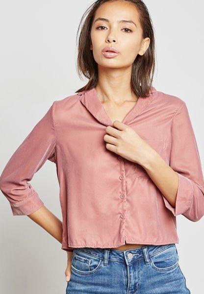 قميص قصير مخملي