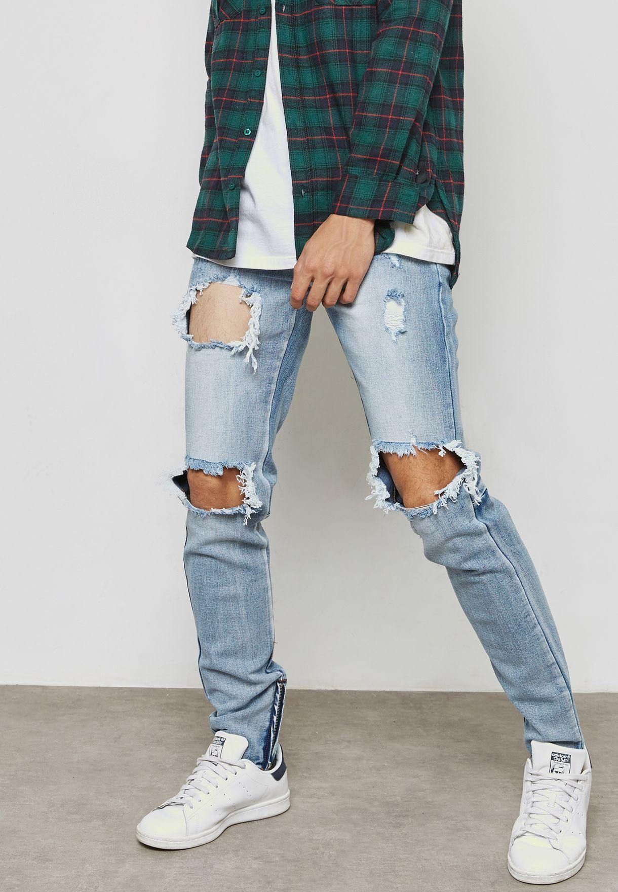 جينز بضربات باهتة