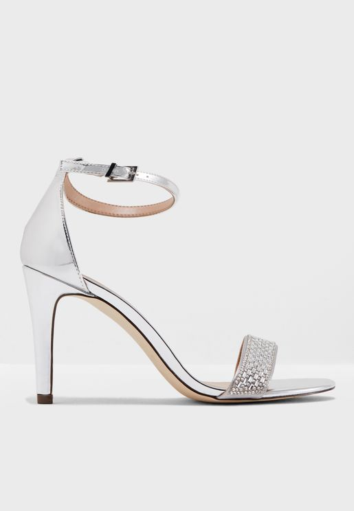 Avan Sandal