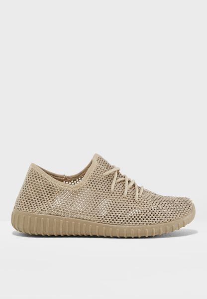 Reckless Sneaker