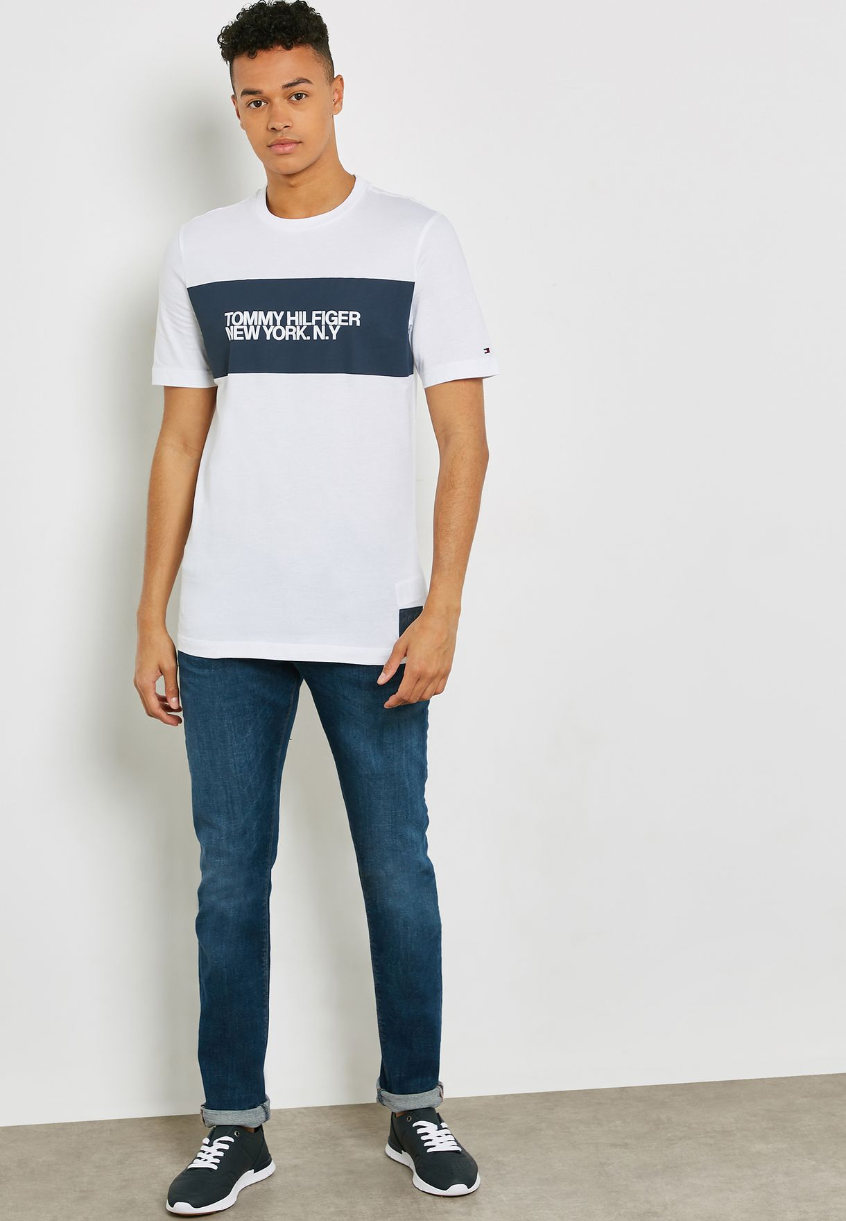 8869de37 Shop Tommy Hilfiger white Relaxed Fit T- Shirt MW0MW10468 for Men in ...