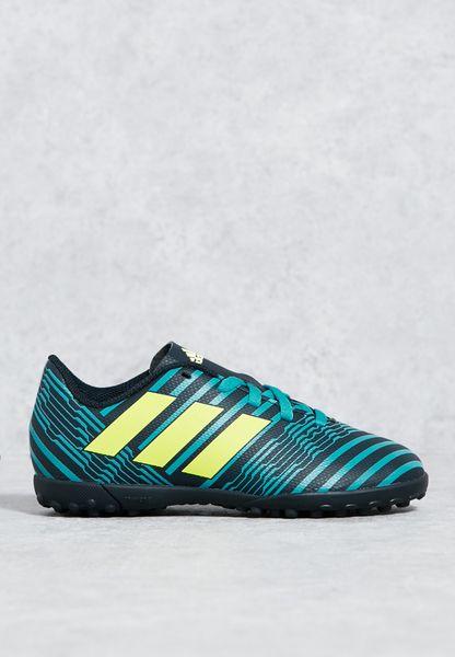 حذاء نيميزيز 17.4