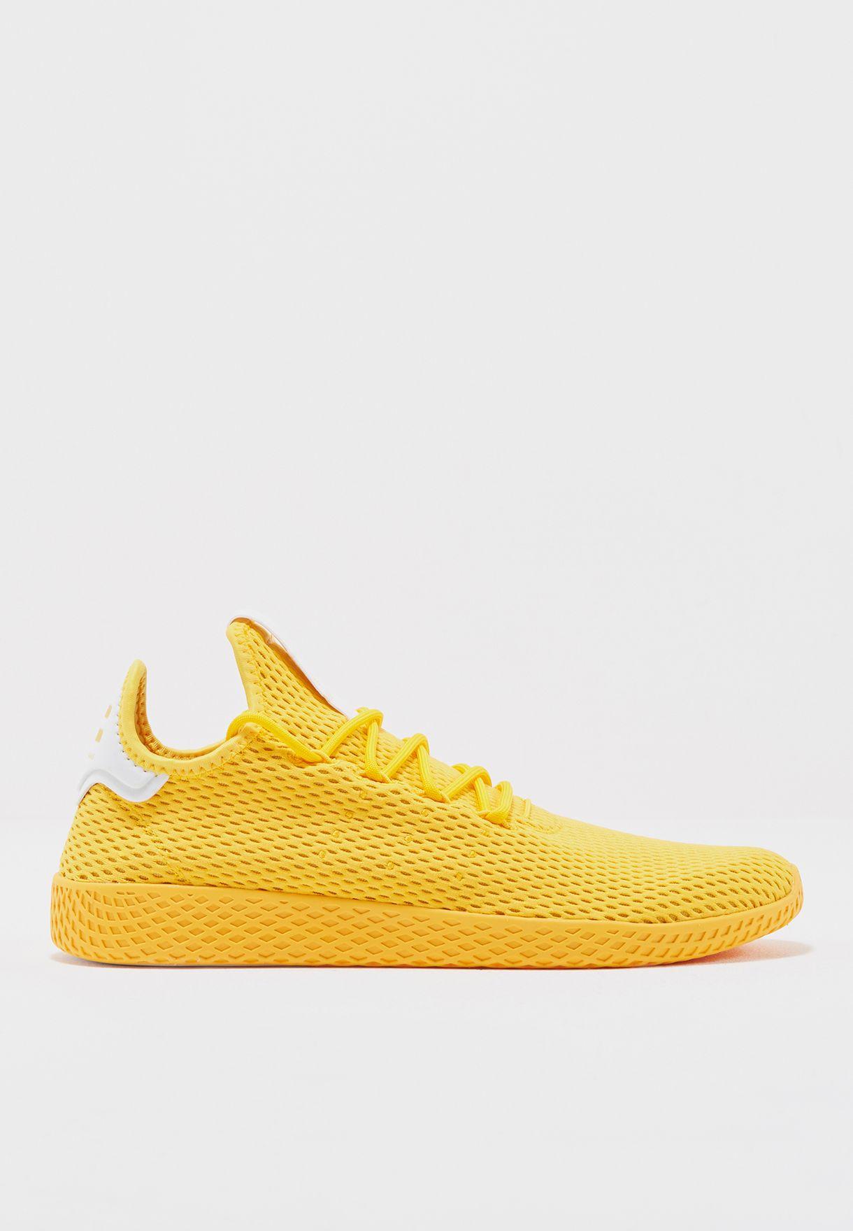c151b46f0 تسوق حذاء تنس من مجموعة فاريل وليامز ماركة اديداس اورجينال لون أصفر ...