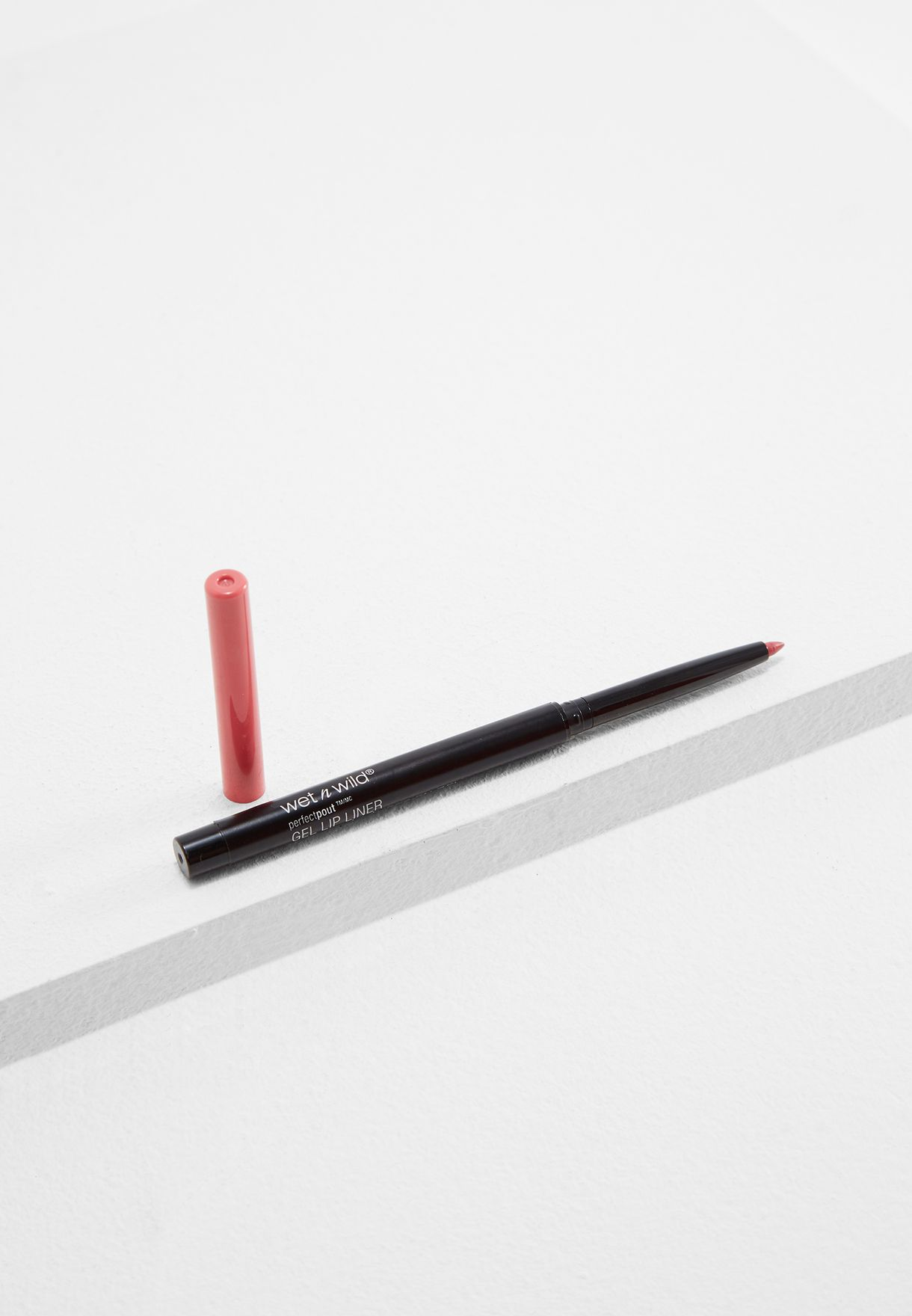 Perfect Pout Gel Lip Liner - Never Petal Down