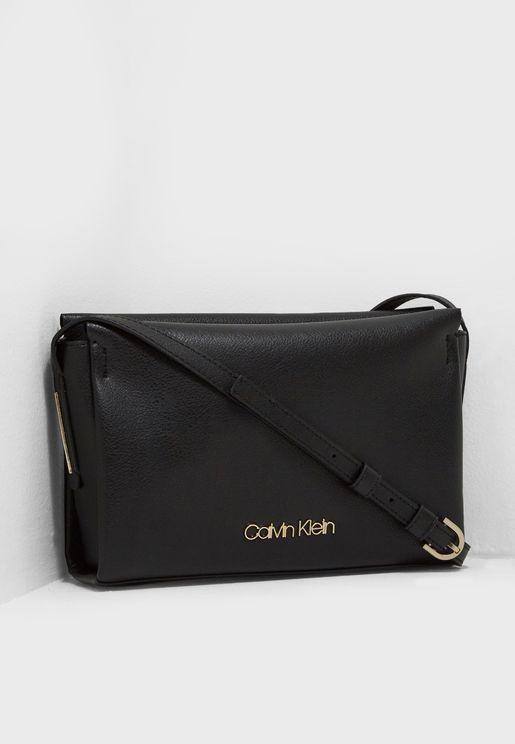 Calvin Klein Store 2019  139fc723674ed