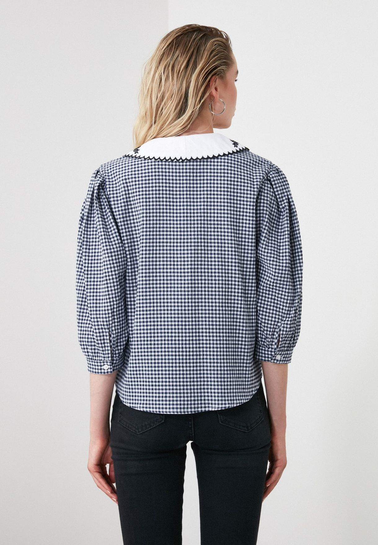 Embroidered Collar Checked Shirt