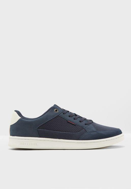 Max Combo Sneakers