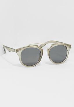 نظارة  شمسية(نيلا)