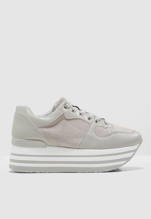 Alyssa Sneaker