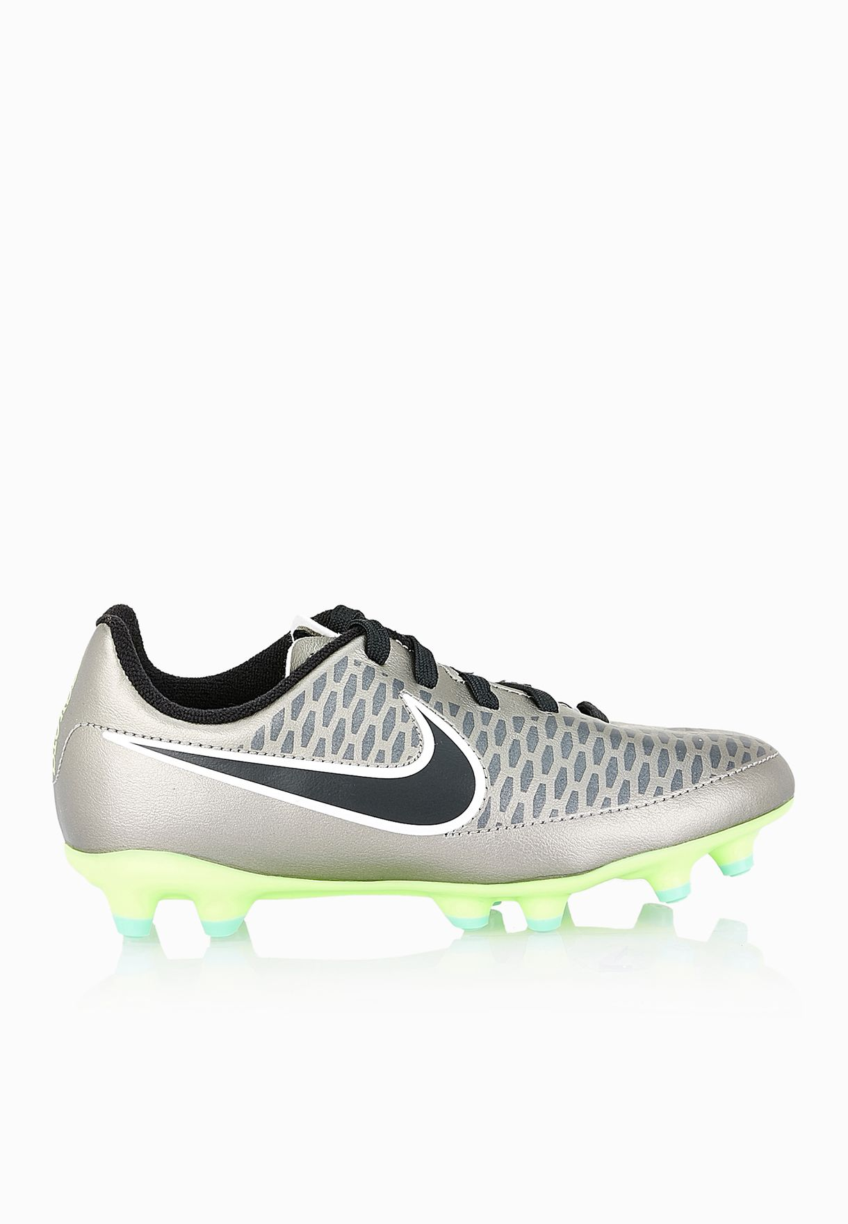 Low Price Magista Obra Green Football Shoes online