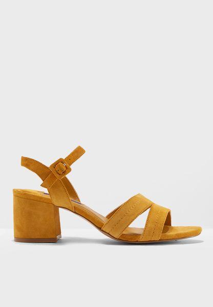 Sandals Aina