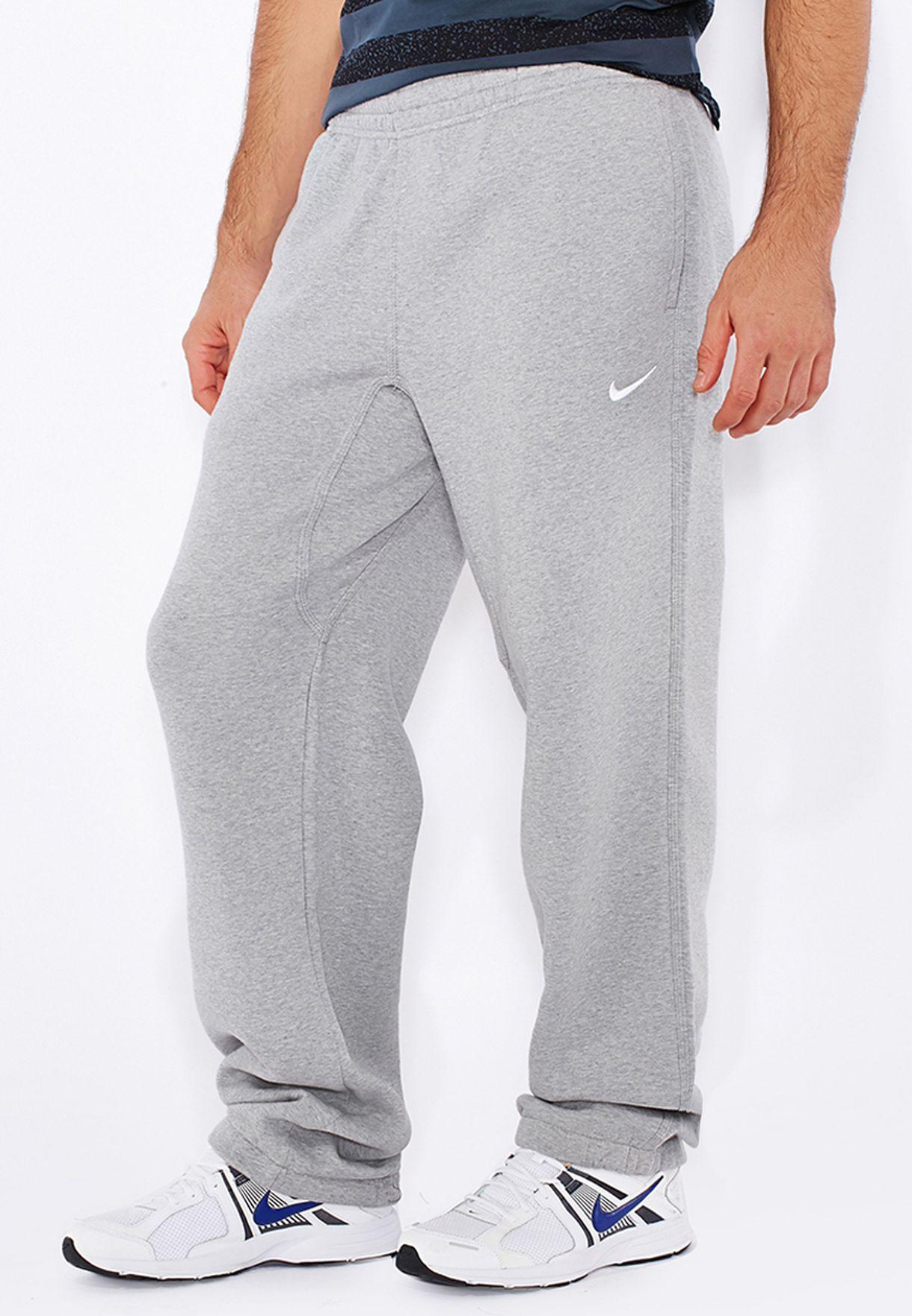 0e439033 Swoosh Club Cuffed Sweatpants