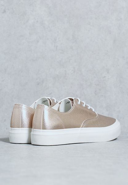 quality design 97fe4 459ac new Shop Blink gold Casual Platform Sneakers 602179K111 for Women in UAE