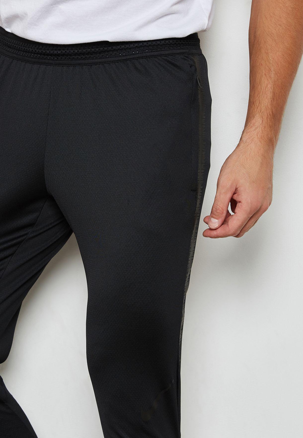 new products 17a70 b6964 Flex Strike Sweatpants
